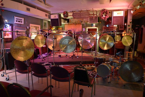 Tatsuya Nakatani Gong Orchestra