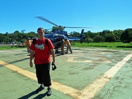 Antes de subirme al helicóptero con el que volaría por encima de las Cataratas de Iguazú