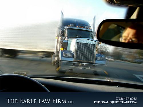 Truck Accident Attorney/Lawyer, Stuart, FL