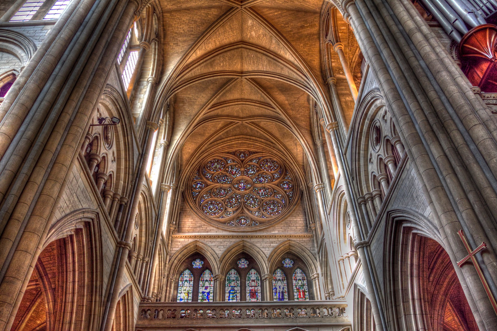 Truro Cathedral: Handheld HDR