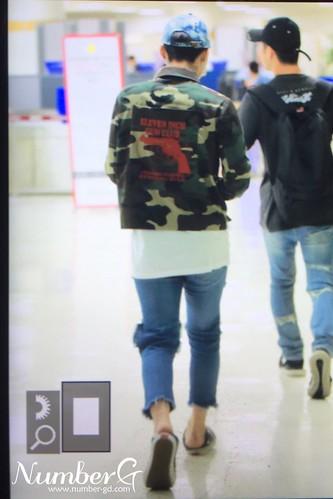 BIGBANG wout Seungri departure Seoul to Tokyo 2016-08-26 (52)