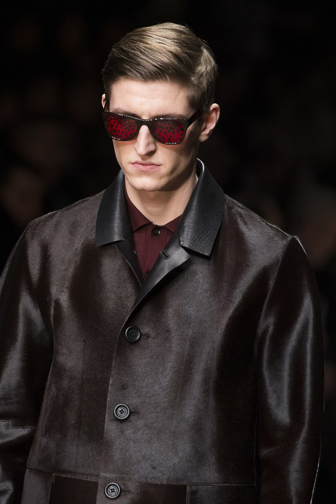 FW13 Milan Burberry Prorsum081_Chris Beek(VOGUE)