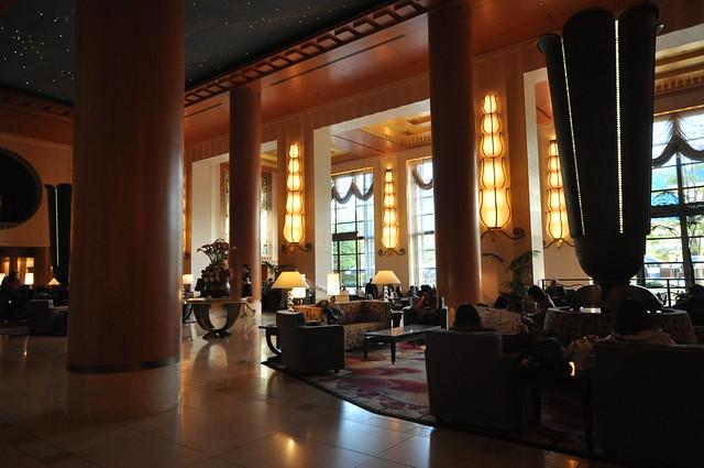 ディズニーアンバサダーホテル:エントランスホール