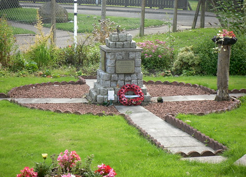 Memorial Cairn, Glenrothes