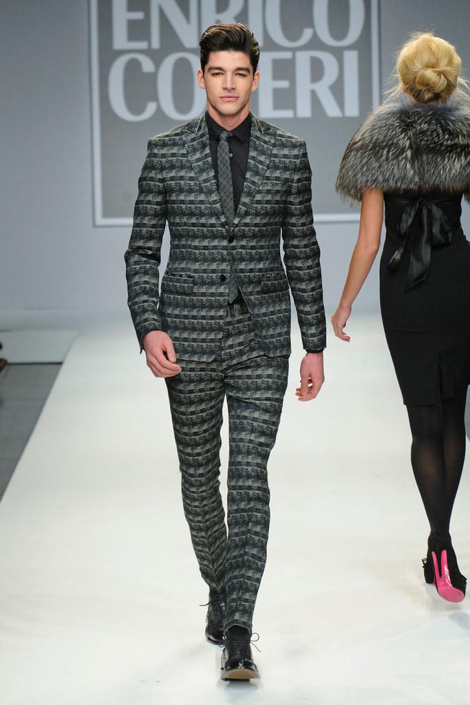 FW13 Milan Enrico Coveri014_Tarik Lakehal(fashionising.com)
