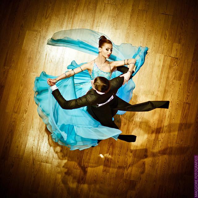 Бальные танцы - Стандарт
