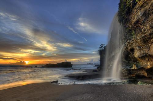 sunset bali beach landscape photography waterfall tour lot guide tanahlot tanah indonsia melasti baliphotography balitravelphotography baliphotographytour baliphotographyguide