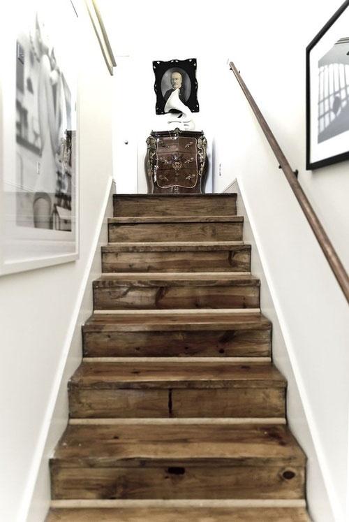 woodenstair.jpg