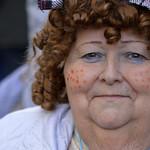 Señora mayor disfrazada en cádiz