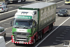 Volvo FH 6x2 Tractor - PX10 DKU - Sally Victoria - Eddie Stobart - M1 J10 Luton - Steven Gray - IMG_8910