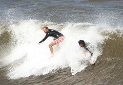 wakesurfing, surface water sports, boardsport, individual sports, sports, sea, surfing, wind wave, extreme sport, wave, water sport, skimboarding, surfboard,