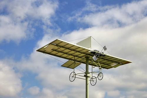 Monument to honour pioneer aviator Richard William Pearce (1877-1953).