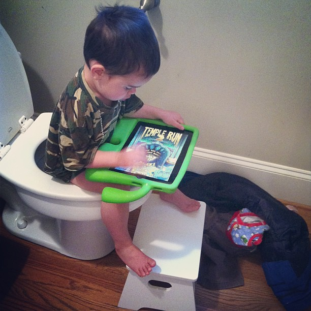 Pooping with an iPad