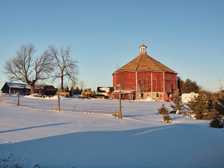 Octagon Barn