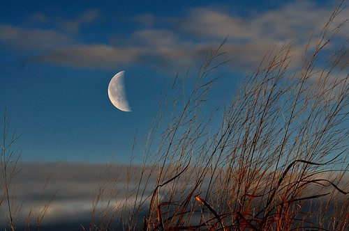 sky moon landscape nikon newengland newenglandcoast landscapeimages nikond5000 winter2013