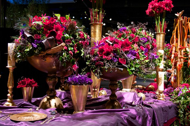 Red and Purple Dining Setting