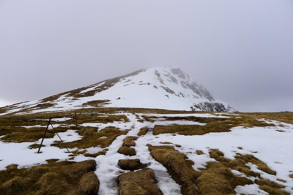 Approaching Stuchd an Lochain