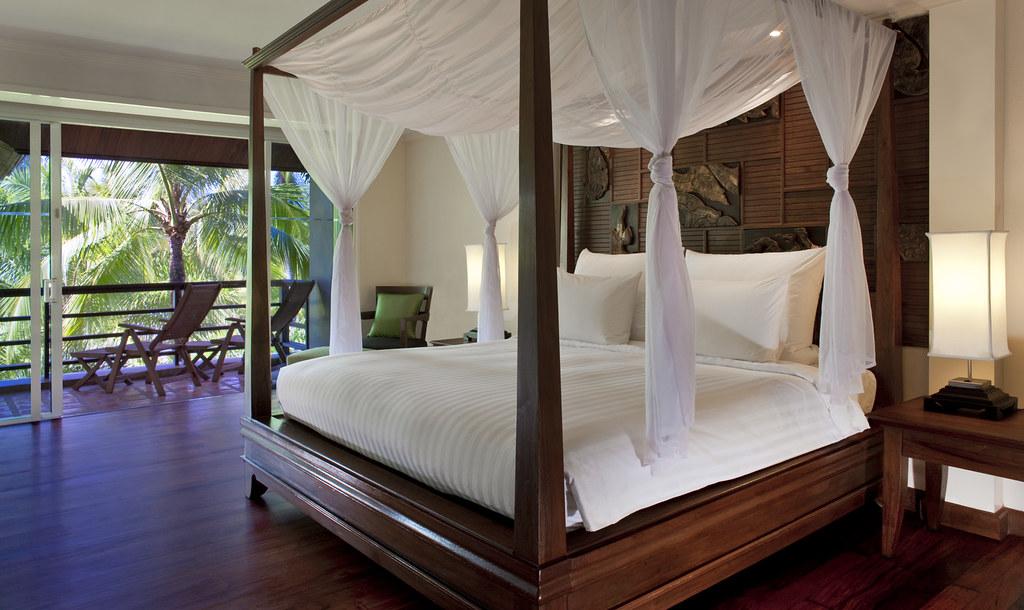 Le Meridien Khao Lak Beach & Spa Resort—Royal Suite Master Bedroom
