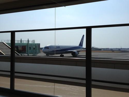 ANA566便 羽田行き 13時15分発 by haruhiko_iyota