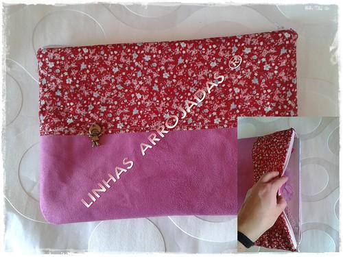 clutch rosa em camurça by Linhas Arrojadas Atelier de Costura ® Trademark