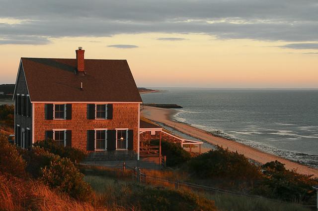 C0275E - Cottage Sunset