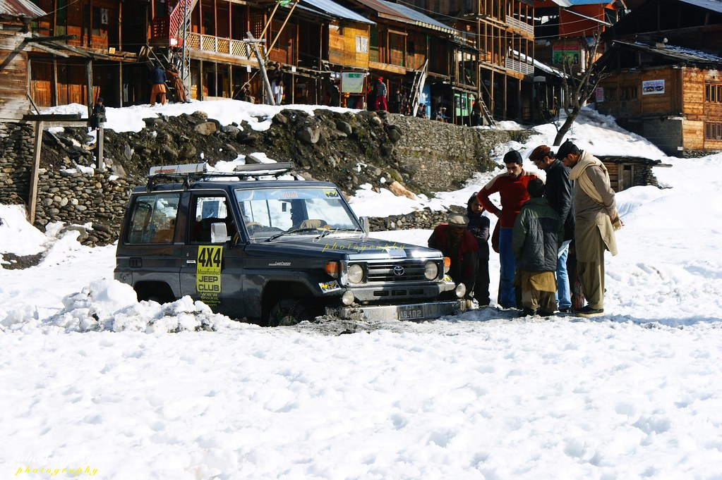 Muzaffarabad Jeep Club Neelum Snow Cross - 8471005065 c7edac962a b
