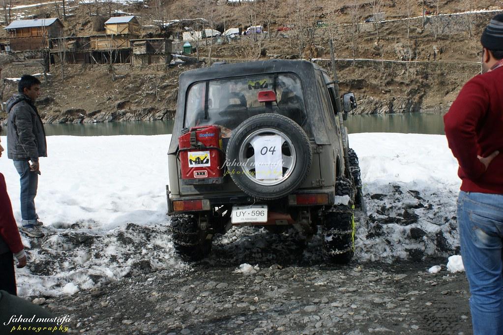 Muzaffarabad Jeep Club Neelum Snow Cross - 8471826604 423985db40 b