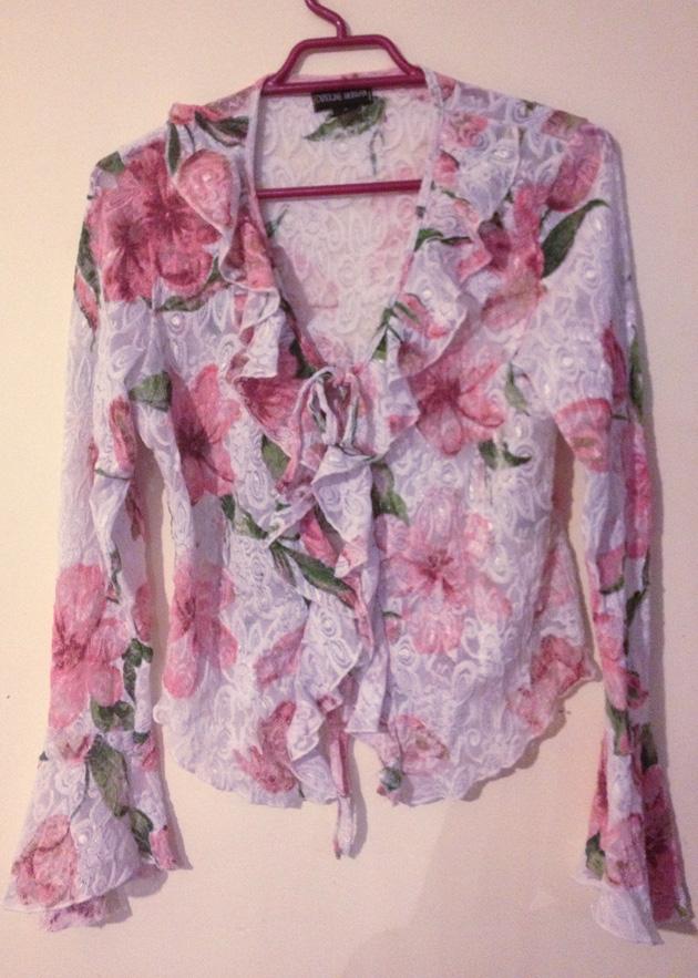 kazzthespazz.com| RTW top made into lingerie set