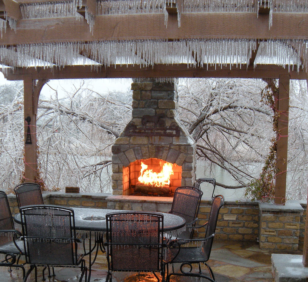 Outdoor Fireplaces | Projects | Hedberg Landscape and Masonry ...