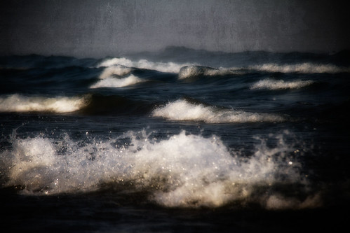 dark surf by McBeth