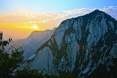 china sun mountain yellow sunrise trek climb chinese shan hua huashan