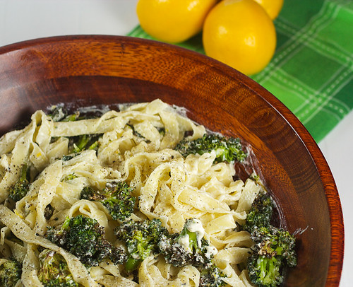 Creamy Meyer Lemon Pasta with Homemade Ricotta and Broccoli #SundaySupper