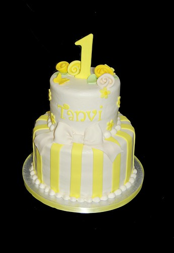 yellow and ivory 1st birthday cake