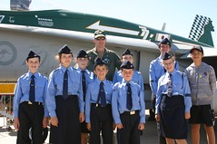 Air League cadets with an RAAF fighter pilot