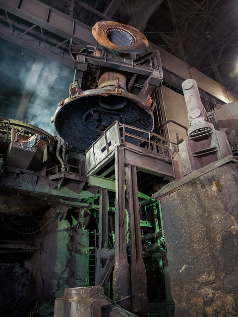 Panasonic LX7 Test: Open Arc Furnace