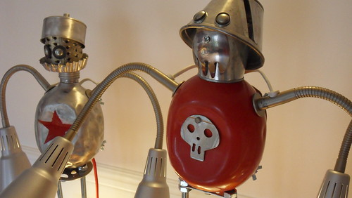 assemblage robot lamps