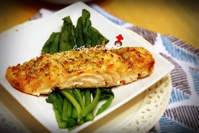 迷迭香料烤鮭魚片  Rosemary with Salmon 2
