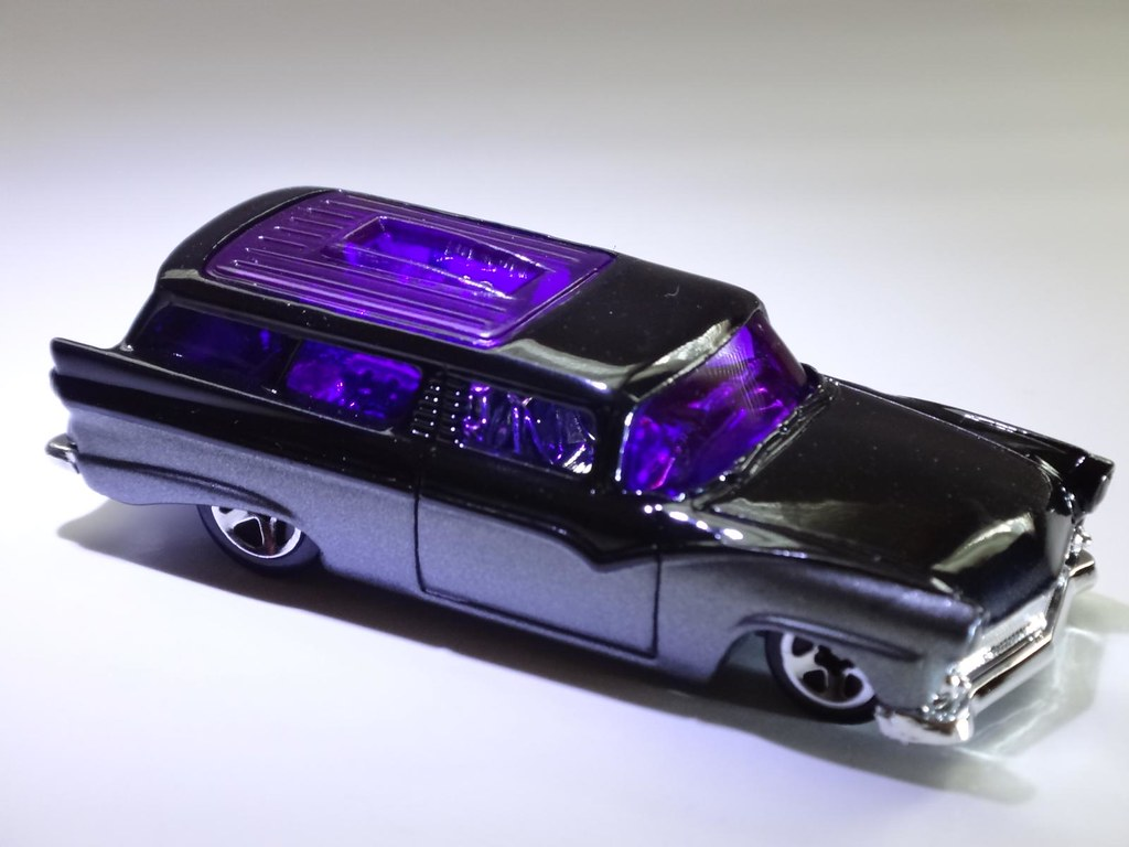 2003 hot wheels 8 crate hearse