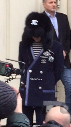 G-Dragon Chanel Haute Coutoure at Grand Palais Paris 2016-01-26 cr on pic (16)