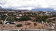 Fabulosas vistas despejadas a la montaña. Muy soleado. Solicite más información a su inmobiliaria de confianza en Benidorm  www.inmobiliariabenidorm.com