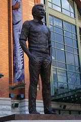 Bob Uecker statue