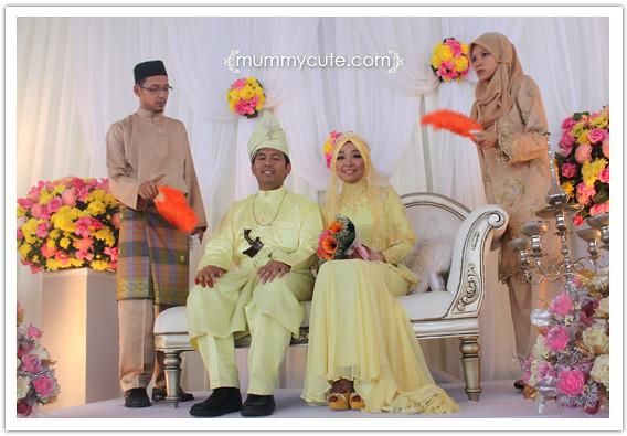 8365122880 4feac46641 z Majlis kahwin Akhnaz  tema warna  kuning