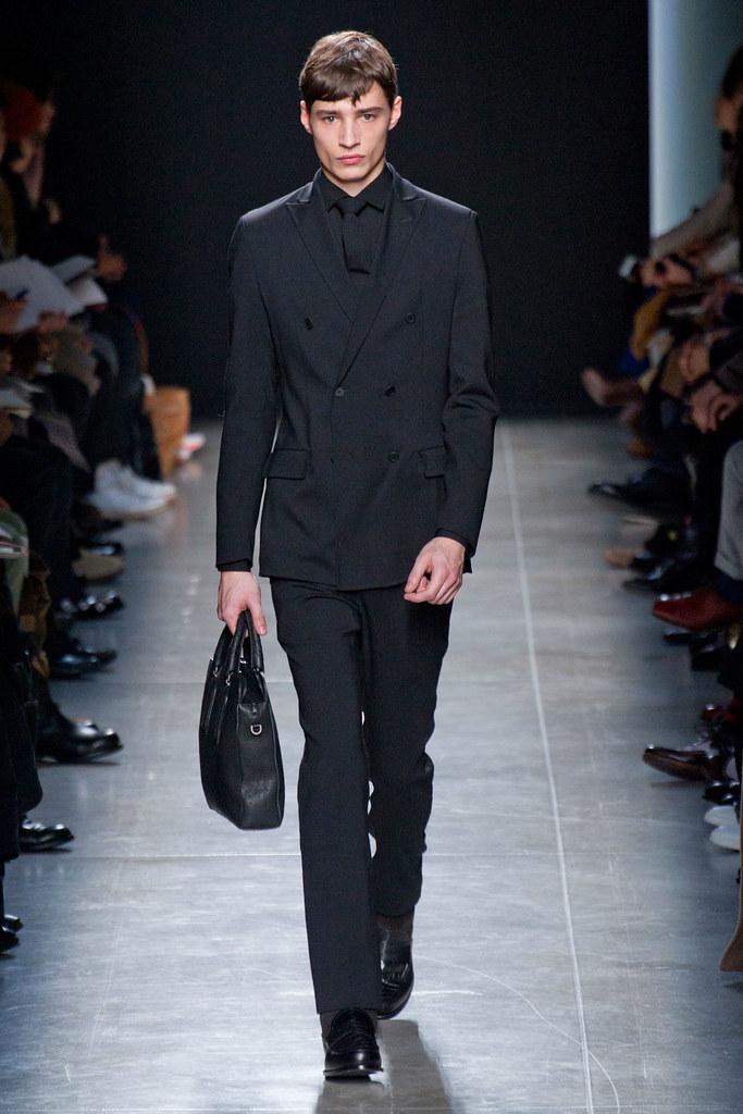 FW13 Milan Bottega Veneta126_Adrien Sahores(fashionising.com)