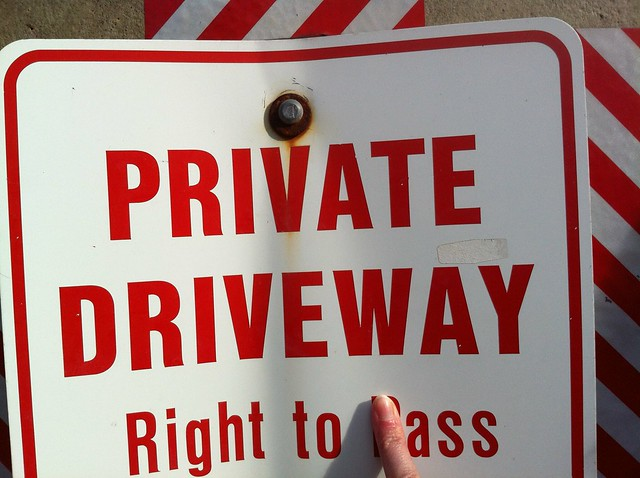 Private Driveway Right to Ass
