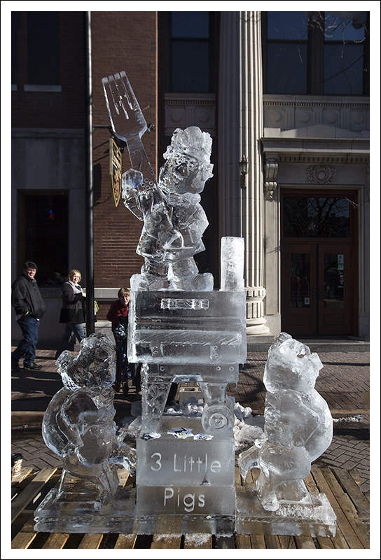 Ice Carving in St Charles 2013-01-26 9
