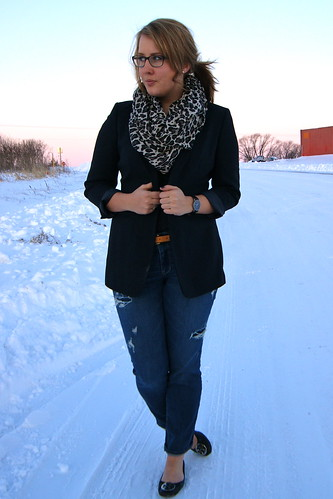 Oversized Blazer, Leopard Scarf, Distressed Denim 1