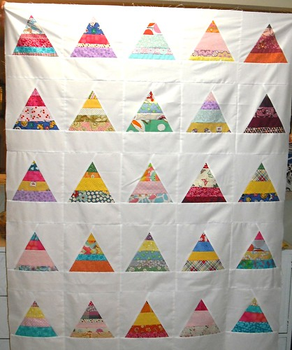 string triangle girl's quilt