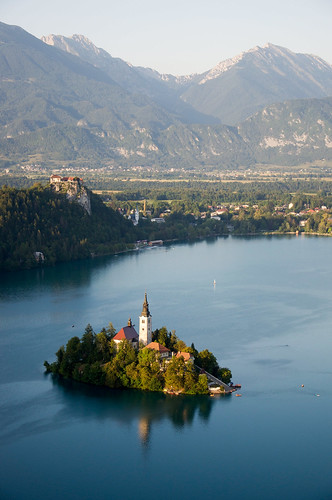 travel blue summer panorama mountain lake mountains alps castle church island see nikon europe view slovenia alpine bled slovenija slowenien alpen picturesque gettyimages lakebled jezero d90