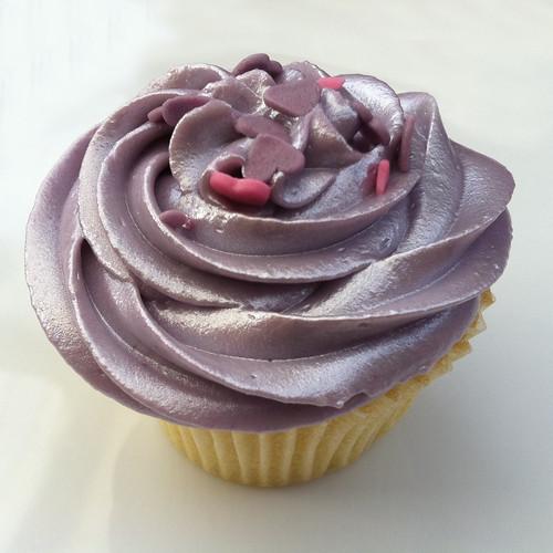 Cupcakes for Matt & Diren 2 - Vanilla cupcakes