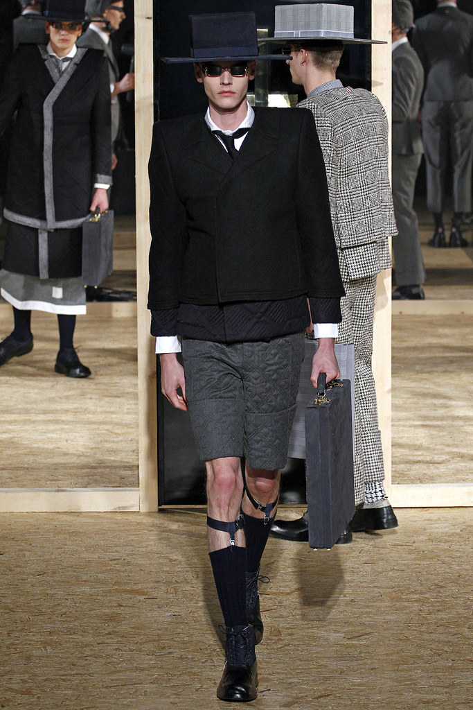 Bart Grein3115_FW13 Paris Thom Browne(GQ.com)